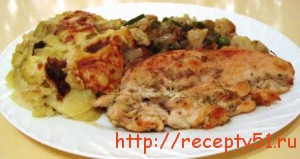 Курица с овощами и картофельным гратеном